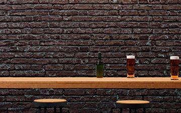 Bar Table & Stools (IG)