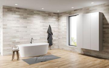 Granite Walls & White Tub